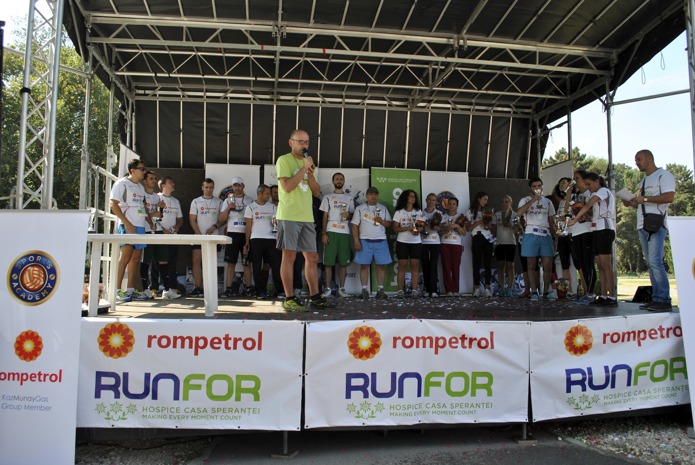 premiere castigatori Rompetrol Run for Hospice 2014